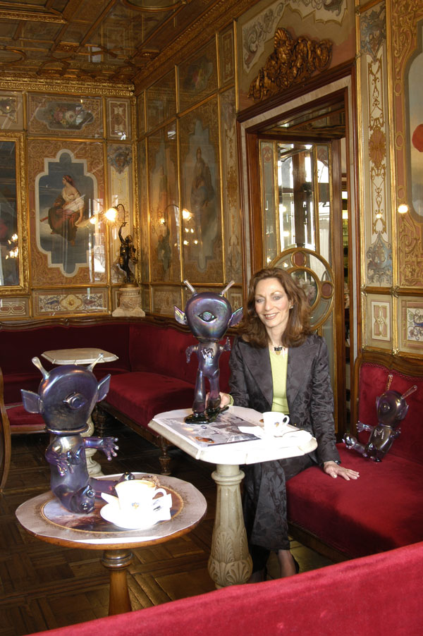 Judi Harvest and Moonik glass sculptures in Cafe Florian